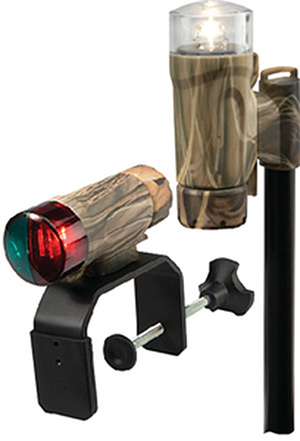 Attwood C-Clamp Mount Portable Led Nav Light Kit With Threaded Pole, Camo (Uses 3-Aaa Batteries Not Included)